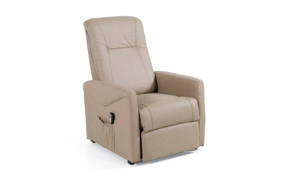 Poltrona reclinabile napoli poltrone arredamenti di for Poltrona massaggiante ikea