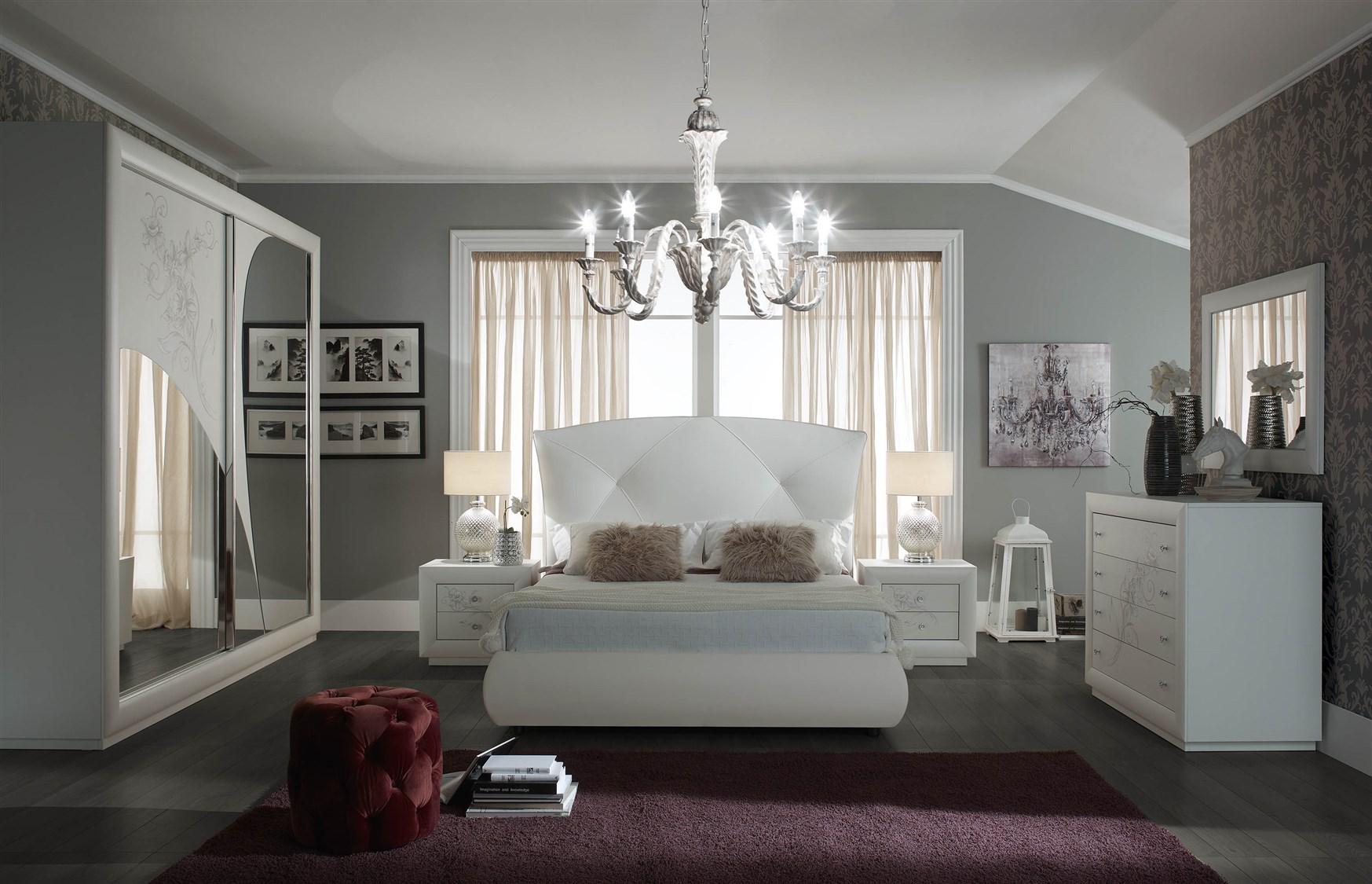 Camera camilla con contenitore arredamenti di lorenzo napoli for Aziende camere da letto