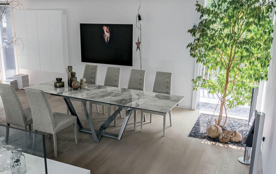 Tavoli moderni arredamenti di lorenzo napoli for Arredamenti economici napoli