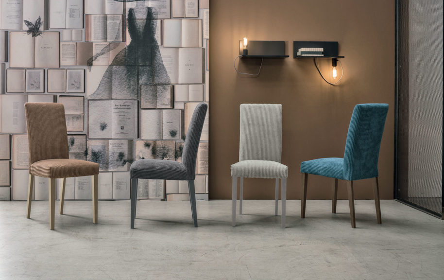 Tavoli sedie e sgabelli arredamenti di lorenzo napoli for Sedia barcellona